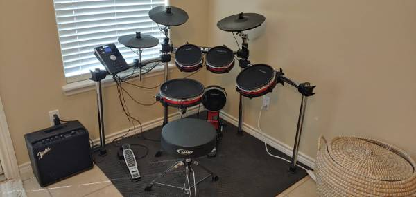 Photo Alesis Crimson Drum Kit with Fender LT25  - $650 (South Side, Corpus Christi)