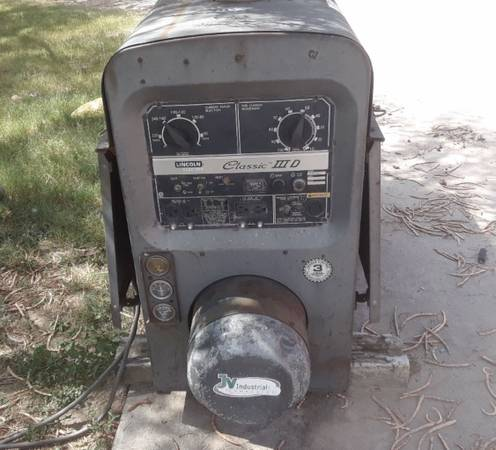 Photo Diesel welding machine - $5000