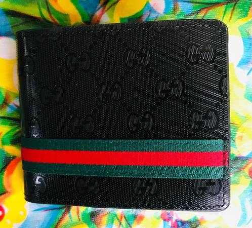 Photo Gucci Wallet - $75 (Southside)