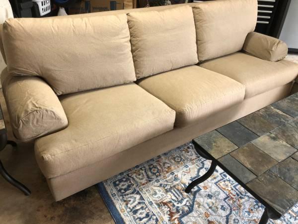 Photo Henredon Sofa  Chair, tables - $850 (Corpus Christi)