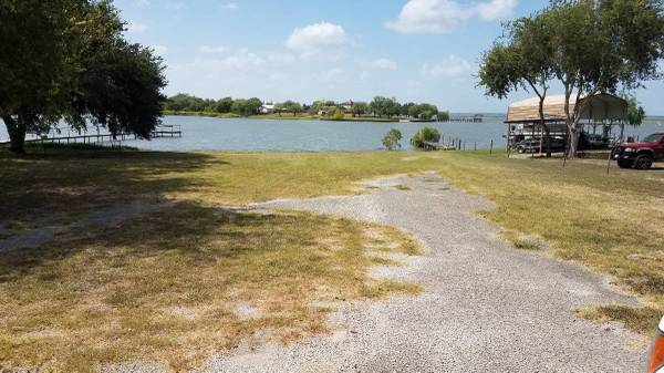 Photo LAKE CORPUS CHRISTI LAND (MATHIS)