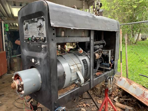 Photo SA 200 Lincoln welding machine - $3900 (Texas City)