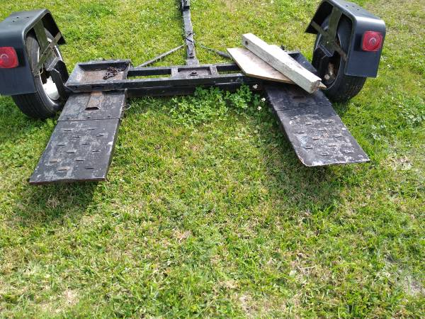 Photo Tow Dolly - $600 (Rockport)