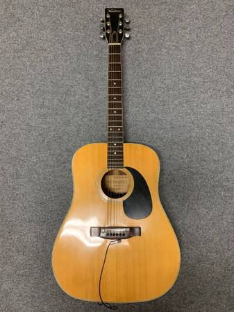 Photo Ventura V-14 acoustic guitar - $350 (Port Aransas)