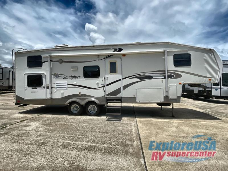 Photo Used 2006 Forest River Rv Fifth Wheel RV  $11995