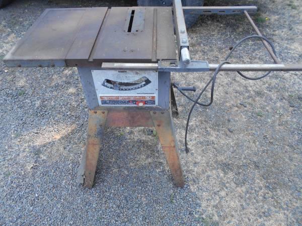 Photo 10quot Craftsman table saw - $60 (Corvallis)