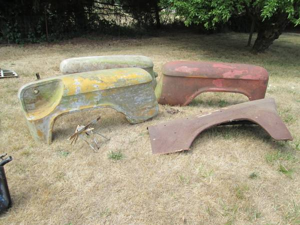 Photo 1955-1959 Chevy Truck parts  283-327 engine parts - $25 (Corvallis)