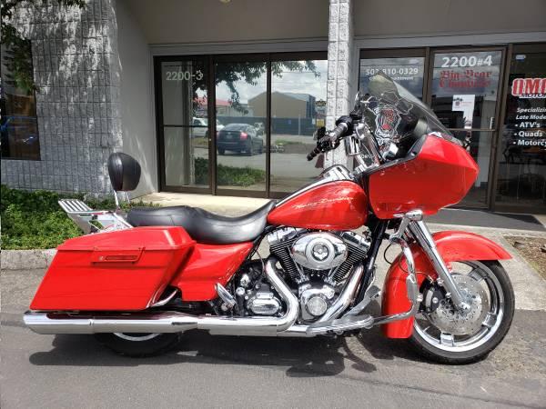 Photo 2010 Harley-Davidson Road Glide Custom FLTRX Priced Right - $12,999 (PDX  OMG MOTORSPORTS  YES WE BUY BIKES)