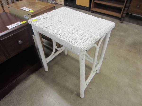Photo 22. White Wicker Side Table - $20 (Corvallis, OR)