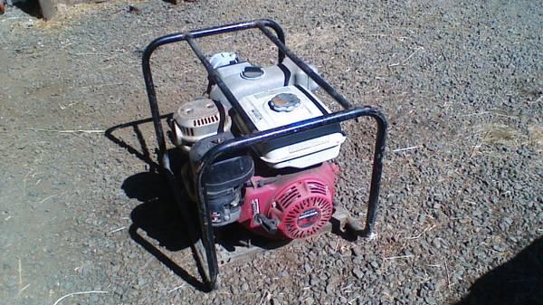 Photo Commercial Honda pump - $600 (Corvallis)
