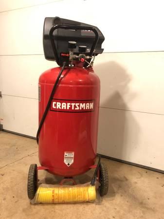 Photo Craftsman 33 gallon Air Compressor - $275 (Lebanon)