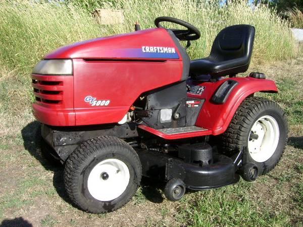 Photo Craftsman GT 5000 Riding Mower Tractor - $1250 (Philomath)