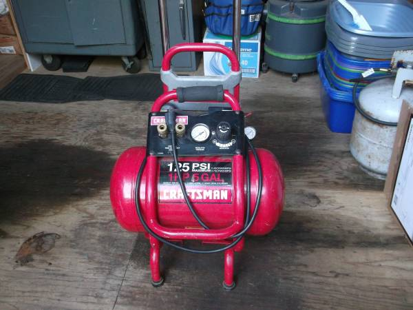 Photo Craftsman Portable Air Compressor - $80 (Corvallis)