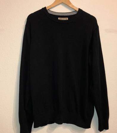 Photo Duluth Trading Co black crewneck pullover sweater mens Large - $25 (Albany - porch pickup near Waverly)