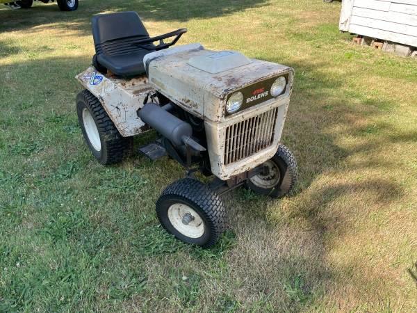 Photo For Sale Bolen G-14 tractor - $600 (Albany)