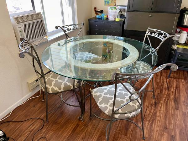 Photo Glass Top Dining Room Table (Wrought Iron Classic Italian Style) - $150 (Corvallis, OR)