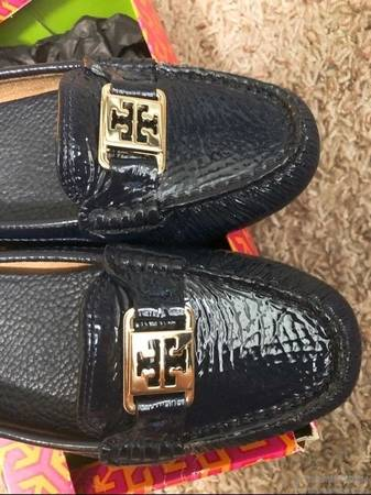 Photo New Tory burch loafer size 6.5 - $55 (corvallis)