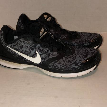 Photo Nike TR 4 training running shoes blue graphite gray print 684899-404 - $20 (Albany - porch pickup off Waverly near Lexington Park)