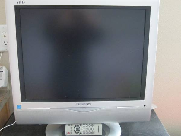 Photo Panasonic TC-20LA2 20-Inch Flat Panel LCD TV (Albany Corvallis)