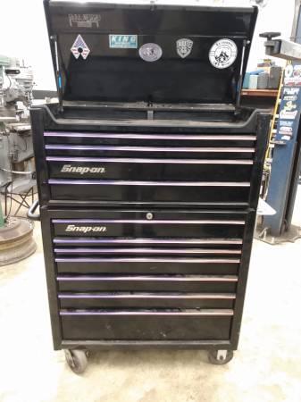 Photo Snap on rolling Toolbox. Black n purple - $1,500 (Lebanon)