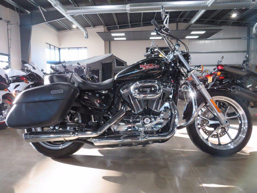 Photo 2016 Harley-Davidson XL1200C - Sportster 1200 Custom $12995