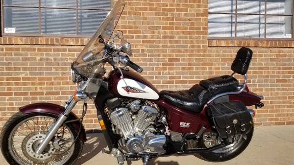 Photo 1995 Honda Shadow VLX 600 like new super low miles - $2,750 (Colorado Springs)