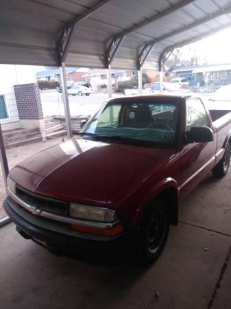Photo 2003 Chevrolet S10 2wd - $3100 (Colorado Springs)