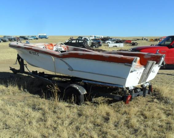 Photo Antique Boat with Bat Mobile like Fins (Fire Flite) - $2,400 (Yoder, Colorado)