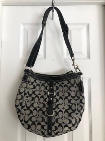Photo Coach Purse-Handbag - $45 (Colorado Springs,CO)