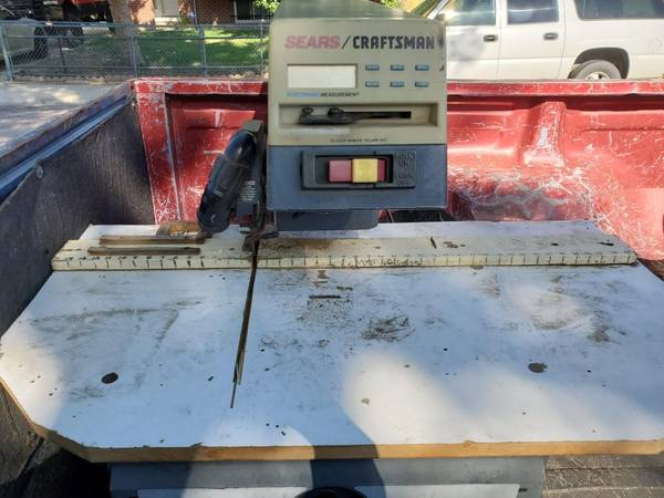 Photo Craftsman 10 inch Radial Arm Saw - $20 (Widefield)