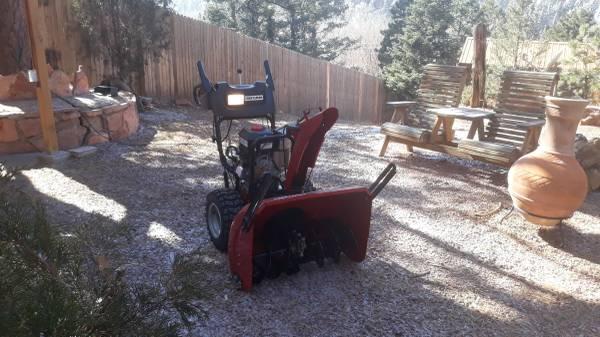 Photo Craftsman 30 inch Snowblower - $500 (Cascade)