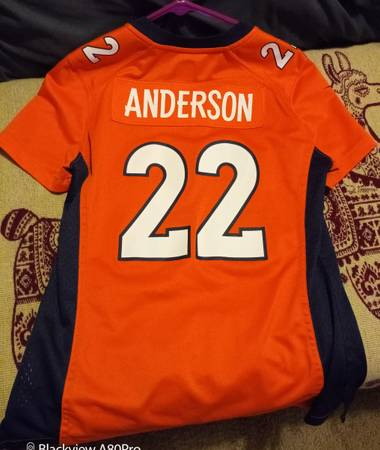 Photo Denver Broncos Jersey - $15 (Colorado Springs)