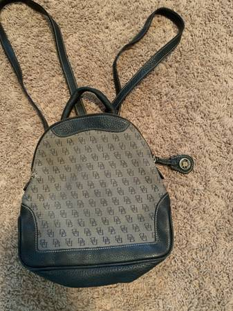 Photo Dooney and Bourke Backpack - $30 (Fountain)