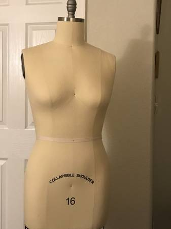Photo Female Professional Dress Form Mannequin with Collapsible Shoulders - $175 (Northgate)