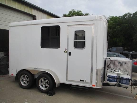 Photo Gryphon 6x12 dual axle Portable Dog Grooming Trailer - $19,999 (McKinney Tx)