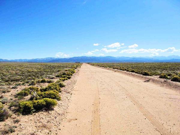 Photo Investment Property Million Dollar Views without the Million Dollar P (Blanca, CO)