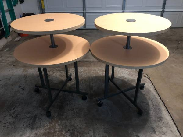 Photo Medium sized retail store display tables - $50 (Barns  Oro Blanco)