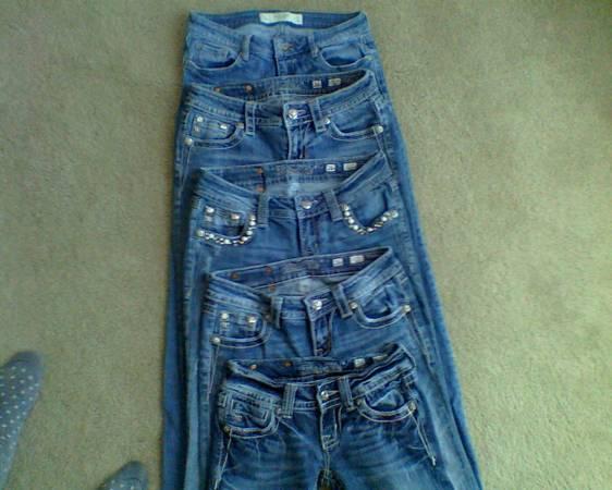 Photo Miss Me Jeans Size 26  Abercrombie  Fitch Jeans Size 4 - EUC - $10 (Castle Rock)