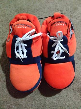 Photo New NFL Denver Broncos Men39s Sneakers Slippers - $20 (FalconColorado Springs)