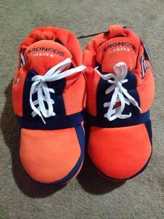 Photo New NFL Denver Broncos Men39s Sneakers Slippers - $20 (FalconColorado Springs)
