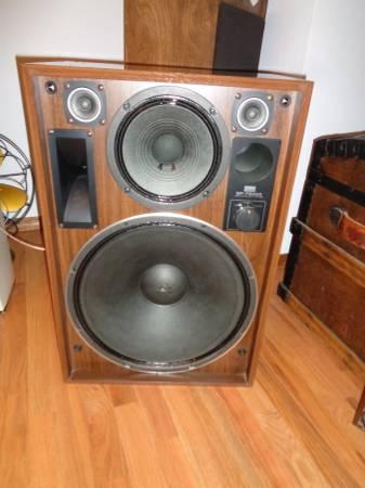 Photo Sansui SP-7500X Vintage Speakers - $145 (Colorado Springs)