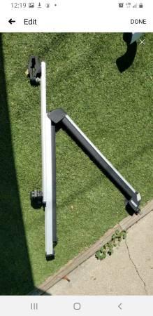 Photo Thule extending ski racks - $150 (Colorado Springs)
