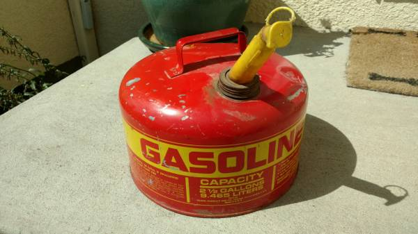 Photo Vintage Craftsman Gas Can - $20 (N Colorado Springs)