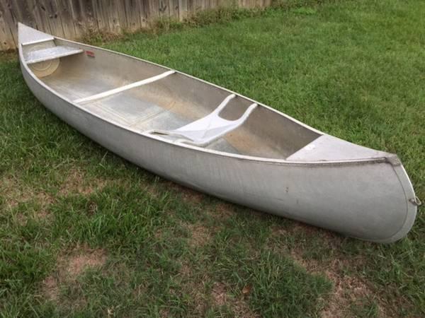 Photo Wanted 13 foot Grumman Aluminum Canoe - $1 (Colorado Springs)