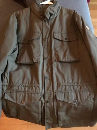 Photo Winter jackets- Mens Patagonia-Fjallraven - $100