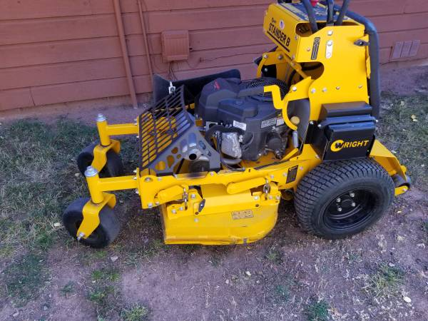 Photo Wright stander commercial mower - $4,250 (Colorado springs)