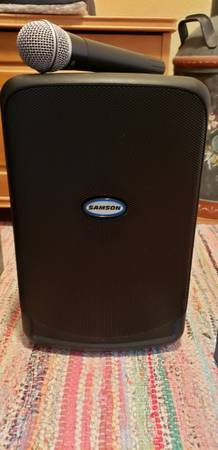 Photo Expedition XP40iw Portable PA System - $90 (sioux falls)