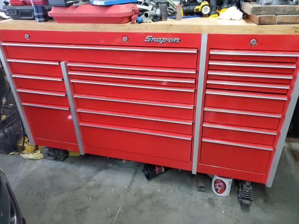 Photo Snapon triple bank tool box with butcher block top - $4,500 (Bismarck)