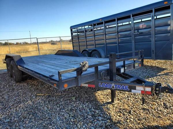 Photo USED 2020 Load Trail 102x20 Tandem Axle Equipment Trailer - $4,995