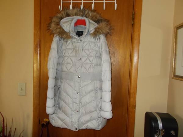Photo Women39s Jessica Simpson Winter Coat Size M - $30 (Rapid City)